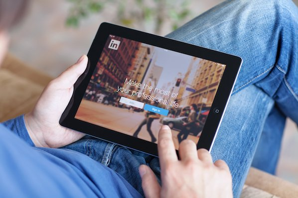 The Best Time to Post on LinkedIn in 2021