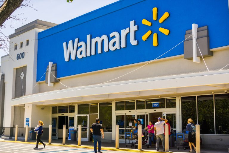 Walmart Pronounces One other Made in USA Pledge as Staff Ask the Retailer to Hold Mild Bulb Manufacturing in Ohio
