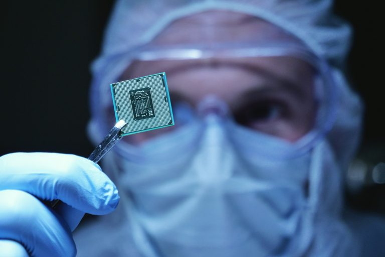 As Semiconductor Shortages Proceed, Auto State Governors Urge Biden to Act